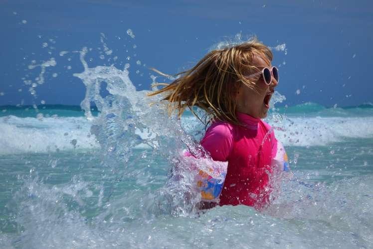 Proteggere gli occhi al mare