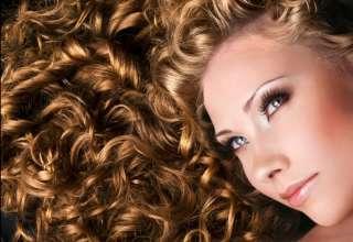 Come curare i capelli ricci