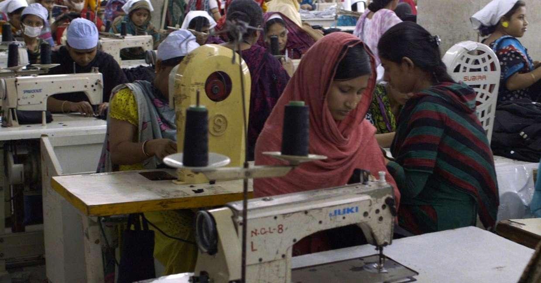 Lavoratrici sottopagate india