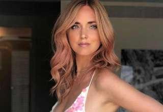 Capelli rosa e fuga a ibiza ecco l addio al nubilato di Chiara Ferragni