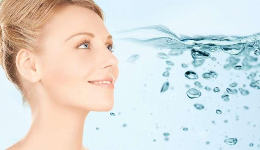 idratare la pelle abitudine in ogni stagione