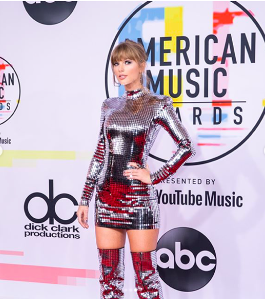 Taylor Swift agli AMAS 2018