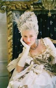 Kirsten Dunst in Marie Antoinette film di Sofia Coppola