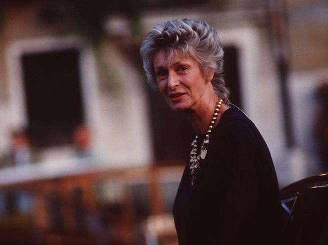 Marella Agnelli, principessa di nascita, di moda e di stile,