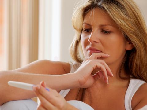 Per scelta o necessità, sono ormai numerose le donne che diventano mamme a 40 anni ed oltre