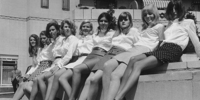 La minigonna: un indumento nato con l'intento di rivoluzionare il mondo