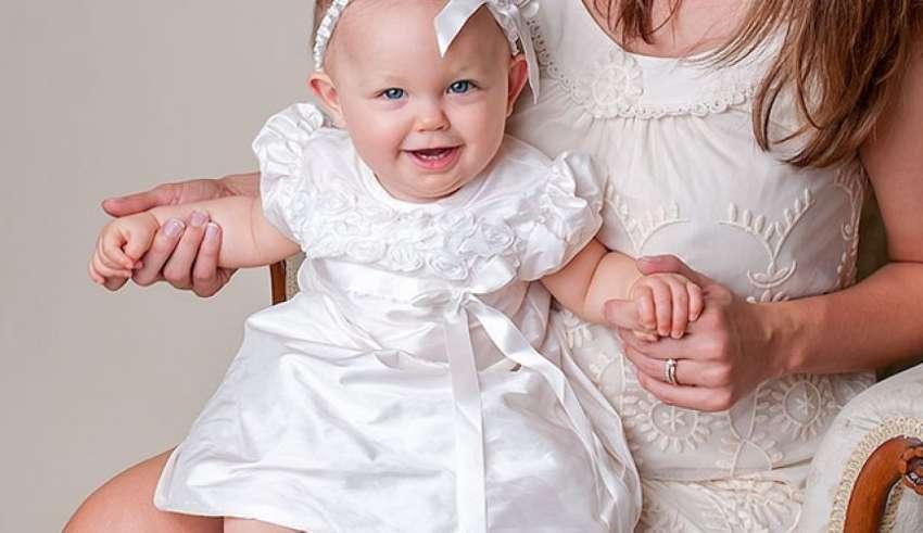 Consigli utili su come vestire i bambini nel giorno del battesimo