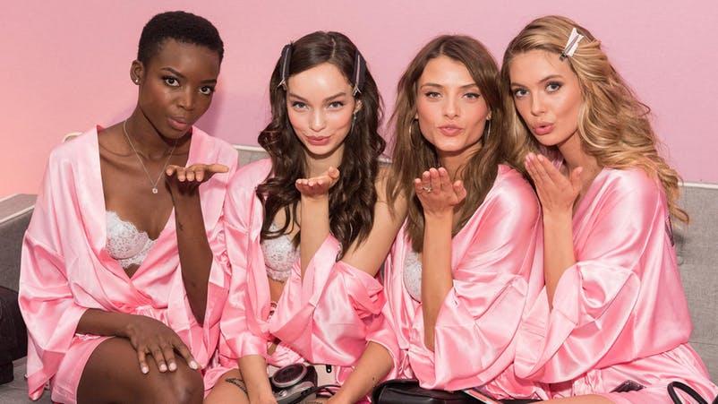 """Victoria's Secret: gli """"angeli"""" hanno perso le ali e non sfilano più"""