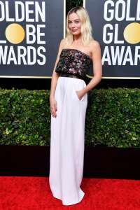 MargotRobbie GoldenGlobes VogueGlobal 5Jan20 GettyImages