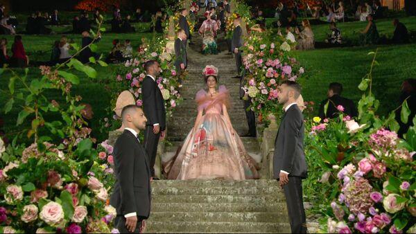 La sfilata di Alta Moda di Dolce&Gabbana al Bardini di Firenze