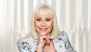 Addio a Raffaella Carrà, una delle più grandi showgirl italiane