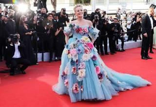 Festival di Cannes 2021, Sharon Stone incanta la Croisette